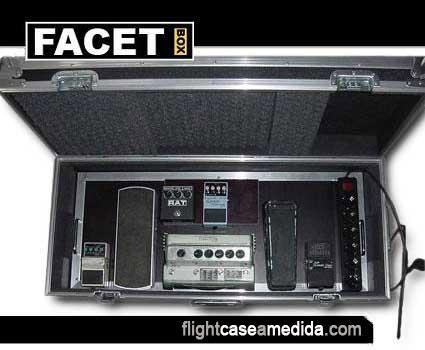 Flight case a medida para pedaleras de guitarras