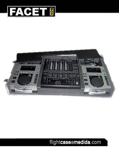 Flight case a medida para DJ