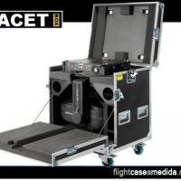 Flight case a medida para iluminación (caja abierta)